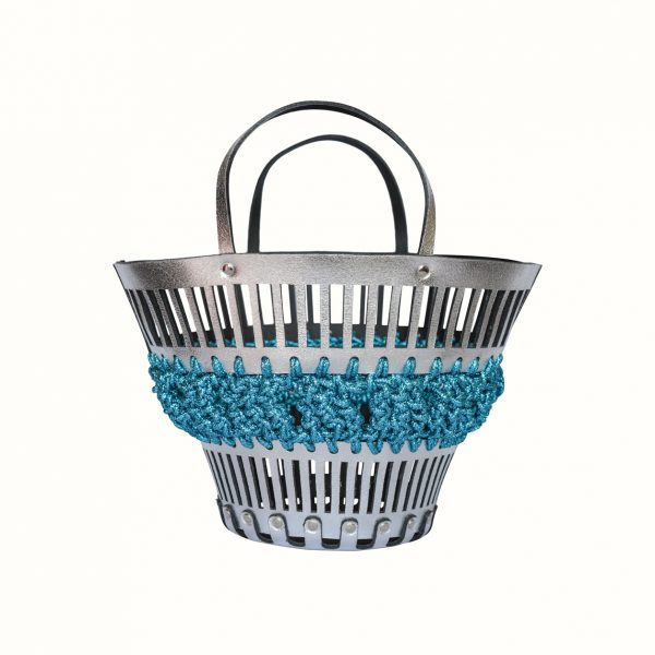 1_Basket_in_leather_and_crochet_Gabriela_Vlad