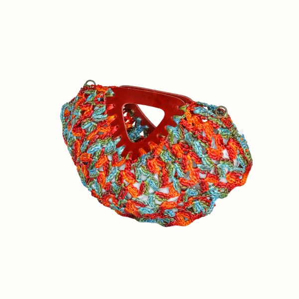 Small_bag_in_rafia_Crochet_with_handle_in_leather_col_Red