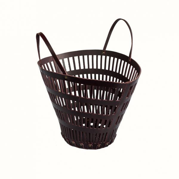 Small_basket_in_leather_Cut_Off_leather_col_Bordo