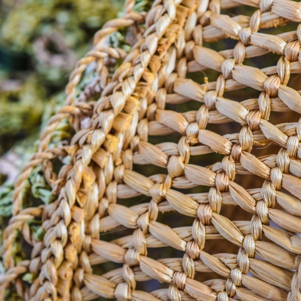 Basket_rafia_Crochet_with_handle_in_leather_col_Verde_and_natural_RUSH